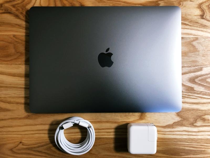 Macbook Air付属品